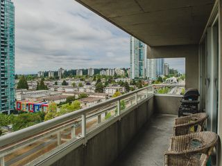 """Photo 13: 1402 6595 BONSOR Avenue in Burnaby: Metrotown Condo for sale in """"Bonsor Ave. Place"""" (Burnaby South)  : MLS®# R2105863"""
