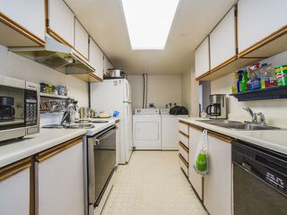 """Photo 12: 1402 6595 BONSOR Avenue in Burnaby: Metrotown Condo for sale in """"Bonsor Ave. Place"""" (Burnaby South)  : MLS®# R2105863"""