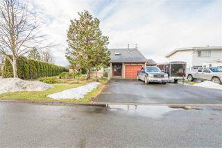 Photo 1: 6655 HENRY Street in Sardis: Sardis East Vedder Rd House for sale : MLS®# R2133316