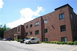 Photo 2: 206 70 First Street: Orangeville Condo for sale : MLS®# W3846425