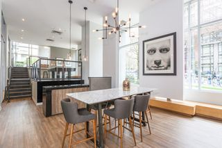 "Photo 13: 1604 1010 RICHARDS Street in Vancouver: Yaletown Condo for sale in ""The Gallery"" (Vancouver West)  : MLS®# R2204438"