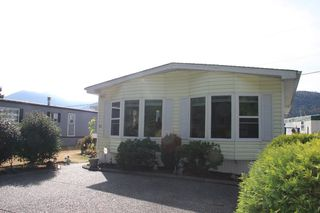 Photo 2: 59-5742 Unsworth Road in Chilliwack: Sardis West Vedder Rd Manufactured Home for sale : MLS®# R2206828
