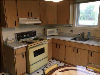 Photo 3: 550 Park Avenue: Winnipeg Beach Residential for sale (R26)  : MLS®# 1725920