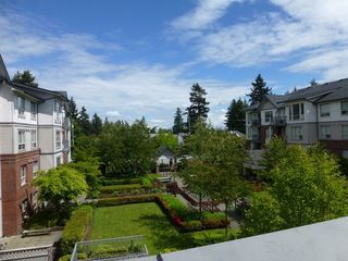 Photo 7: 307 15188 22ND Ave in South Surrey White Rock: Home for sale : MLS®# F1312578