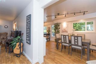 Photo 6: 1884 San Juan Ave in VICTORIA: SE Gordon Head Single Family Detached for sale (Saanich East)  : MLS®# 773740