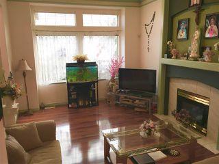 "Photo 2: 8513 164A Street in Surrey: Fleetwood Tynehead House for sale in ""TYNHEAD TERRACE"" : MLS®# R2227269"