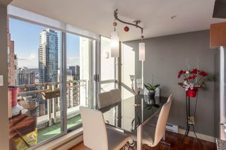 """Photo 5: 2401 1238 RICHARDS Street in Vancouver: Yaletown Condo for sale in """"METROPOLIS"""" (Vancouver West)  : MLS®# R2249261"""
