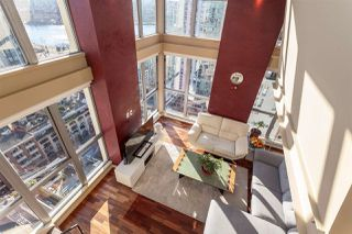 "Photo 7: 2401 1238 RICHARDS Street in Vancouver: Yaletown Condo for sale in ""METROPOLIS"" (Vancouver West)  : MLS®# R2249261"