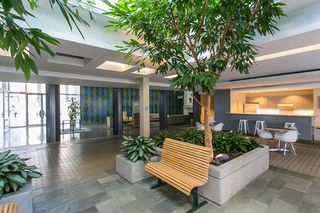 "Photo 16: 706 989 NELSON Street in Vancouver: Downtown VW Condo for sale in ""ELECTRA"" (Vancouver West)  : MLS®# R2252655"