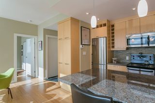 "Photo 3: 706 989 NELSON Street in Vancouver: Downtown VW Condo for sale in ""ELECTRA"" (Vancouver West)  : MLS®# R2252655"