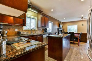 Photo 6: 17470 64A Avenue in Surrey: Cloverdale BC House for sale (Cloverdale)  : MLS®# R2253780