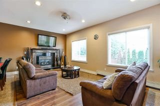 Photo 11: 17470 64A Avenue in Surrey: Cloverdale BC House for sale (Cloverdale)  : MLS®# R2253780
