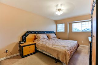 Photo 18: 17470 64A Avenue in Surrey: Cloverdale BC House for sale (Cloverdale)  : MLS®# R2253780