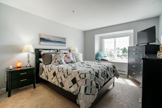 """Photo 12: 310 20894 57 Avenue in Langley: Langley City Condo for sale in """"Bayberry Lane"""" : MLS®# R2276911"""