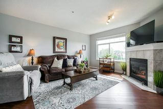 """Photo 10: 310 20894 57 Avenue in Langley: Langley City Condo for sale in """"Bayberry Lane"""" : MLS®# R2276911"""