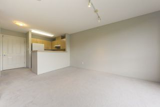 "Photo 6: 315 3588 CROWLEY Drive in Vancouver: Collingwood VE Condo for sale in ""NEXUS"" (Vancouver East)  : MLS®# R2277931"