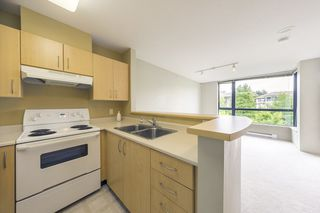 "Photo 4: 315 3588 CROWLEY Drive in Vancouver: Collingwood VE Condo for sale in ""NEXUS"" (Vancouver East)  : MLS®# R2277931"