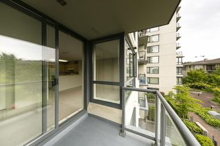 "Photo 12: 315 3588 CROWLEY Drive in Vancouver: Collingwood VE Condo for sale in ""NEXUS"" (Vancouver East)  : MLS®# R2277931"