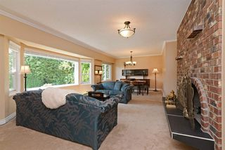 Photo 3: 4040 AYLING Street in Port Coquitlam: Oxford Heights House for sale : MLS®# R2292637