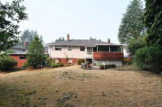 Photo 13: 711 LOMOND Street in Coquitlam: Central Coquitlam House for sale : MLS®# R2298854