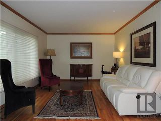Photo 2: 814 North Drive in Winnipeg: East Fort Garry Residential for sale (1J)  : MLS®# 1824230