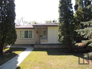 Photo 1: 814 North Drive in Winnipeg: East Fort Garry Residential for sale (1J)  : MLS®# 1824230