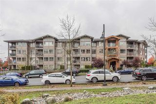 Main Photo: 419 3110 DAYANEE SPRINGS Boulevard in Coquitlam: Westwood Plateau Condo for sale : MLS®# R2319048