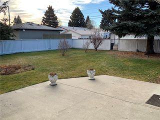 Photo 6: 10540 MAPLERIDGE Crescent SE in Calgary: Maple Ridge Detached for sale : MLS®# C4218427