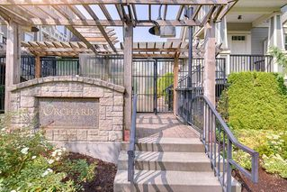 """Main Photo: 15 4288 SARDIS Street in Burnaby: Central Park BS Townhouse for sale in """"ORCHARD LANE"""" (Burnaby South)  : MLS®# R2335746"""