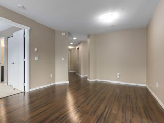 "Photo 6: 105 700 KLAHANIE Drive in Port Moody: Port Moody Centre Condo for sale in ""BOARDWALK IN KLAHANIE"" : MLS®# R2339172"