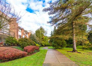 Photo 3: 1926 GOLETA Drive in Burnaby: Montecito Townhouse for sale (Burnaby North)  : MLS®# R2344547