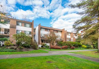 Photo 2: 1926 GOLETA Drive in Burnaby: Montecito Townhouse for sale (Burnaby North)  : MLS®# R2344547