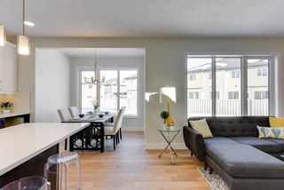 Photo 4: 8432 CUSHING Court in Edmonton: Zone 55 House for sale : MLS®# E4147460