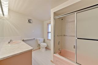 Photo 15: 15702 86 Avenue in Edmonton: Zone 22 House for sale : MLS®# E4148543