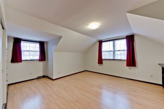 Photo 13: 15702 86 Avenue in Edmonton: Zone 22 House for sale : MLS®# E4148543