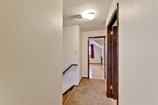 Photo 12: 15702 86 Avenue in Edmonton: Zone 22 House for sale : MLS®# E4148543