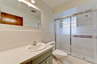 Photo 10: 15702 86 Avenue in Edmonton: Zone 22 House for sale : MLS®# E4148543