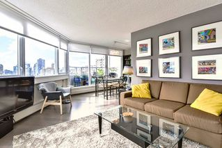 "Photo 2: 1002 31 ELLIOT Street in New Westminster: Downtown NW Condo for sale in ""ROYAL ALBERT TOWERS"" : MLS®# R2351722"