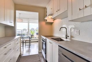 "Photo 4: 1002 31 ELLIOT Street in New Westminster: Downtown NW Condo for sale in ""ROYAL ALBERT TOWERS"" : MLS®# R2351722"