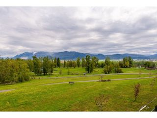 """Photo 19: B301 33755 7TH Avenue in Mission: Mission BC Condo for sale in """"The Mews"""" : MLS®# R2361753"""