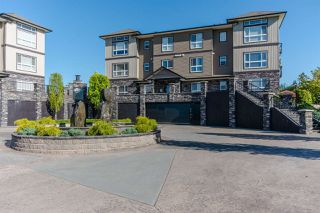 """Photo 2: B301 33755 7TH Avenue in Mission: Mission BC Condo for sale in """"The Mews"""" : MLS®# R2361753"""