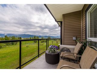 """Photo 17: B301 33755 7TH Avenue in Mission: Mission BC Condo for sale in """"The Mews"""" : MLS®# R2361753"""