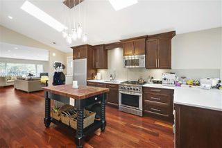 Photo 7: 556 W 21ST Street in North Vancouver: Central Lonsdale House for sale : MLS®# R2362875