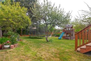Photo 48: 639 Langford Street in VICTORIA: VW Victoria West Single Family Detached for sale (Victoria West)  : MLS®# 410798