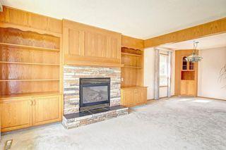 Photo 5: 44 MAPLE COURT Crescent SE in Calgary: Maple Ridge Detached for sale : MLS®# C4249586