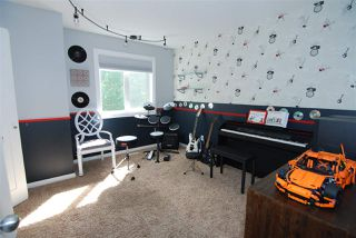 Photo 15: 1047 Carter Crest Road in Edmonton: Zone 14 House for sale : MLS®# E4161428