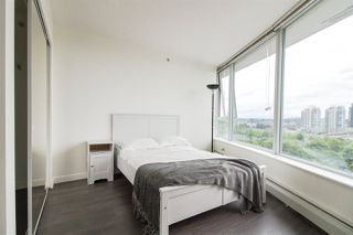 """Photo 7: 1202 58 KEEFER Place in Vancouver: Downtown VW Condo for sale in """"FIRENZI"""" (Vancouver West)  : MLS®# R2380896"""