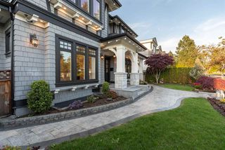 Photo 2: 1367 W 53RD Avenue in Vancouver: South Granville House for sale (Vancouver West)  : MLS®# R2386752