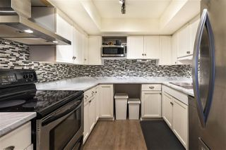 Photo 3: 1461 MERKLIN Street: White Rock Townhouse for sale (South Surrey White Rock)  : MLS®# R2387084