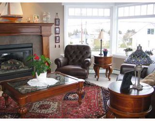 Photo 2:  in New Westminster: Home for sale : MLS®# V688505